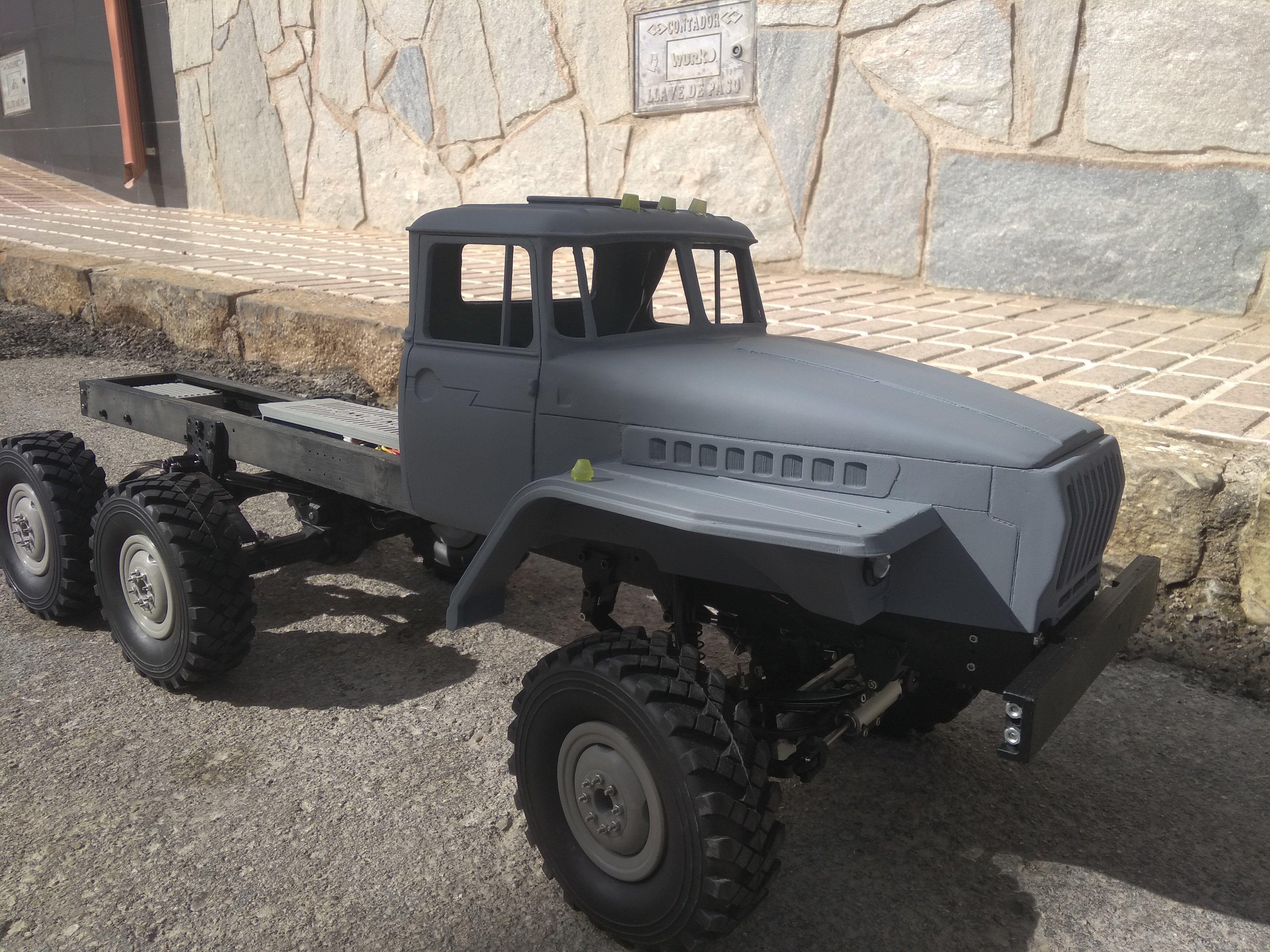 Crawler chasis 6x6 Ural rc truck