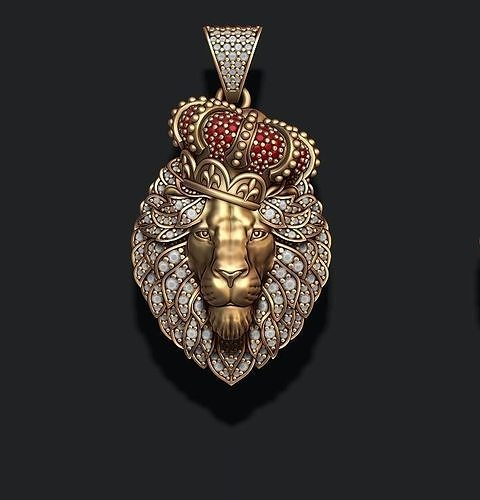 Leon pendant with royal crown diamonds and closed mouth