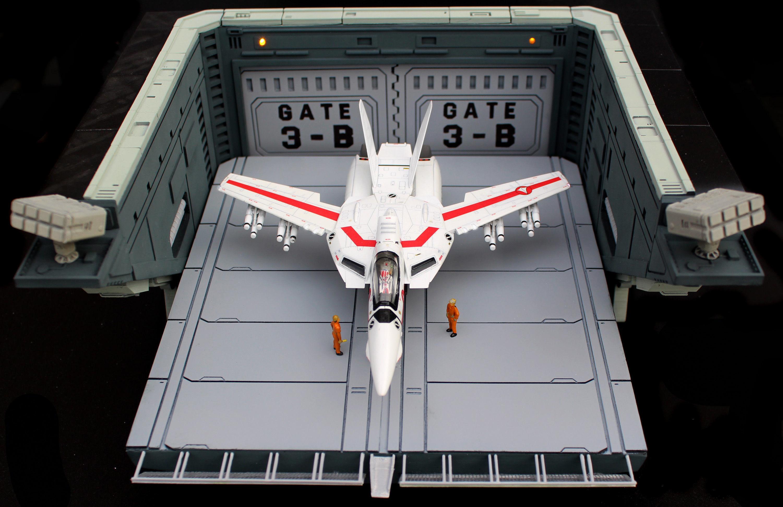 set1-macross-sdf-1-prometheus-hanger-ele