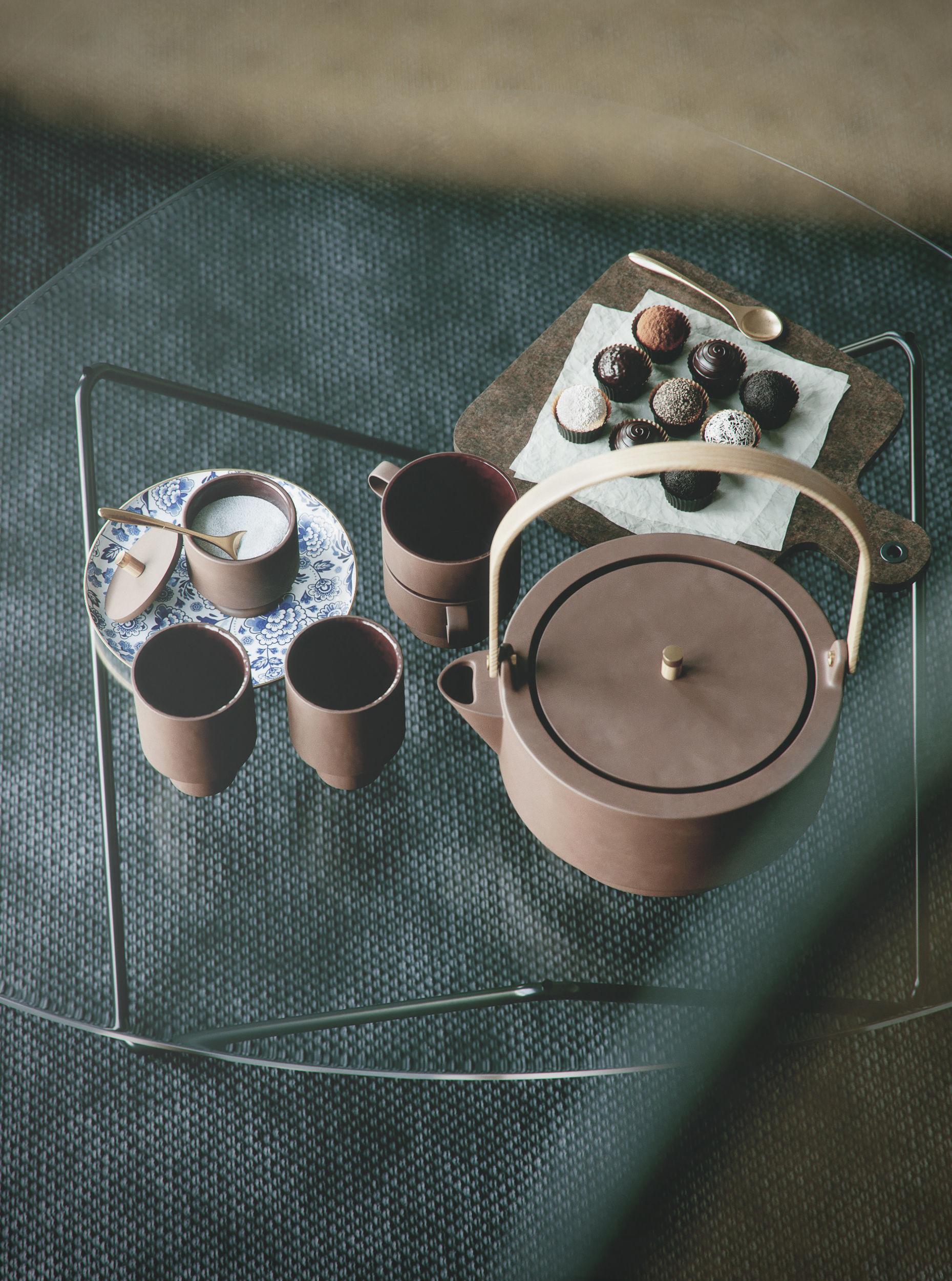 Tea and Chocolate interior scene