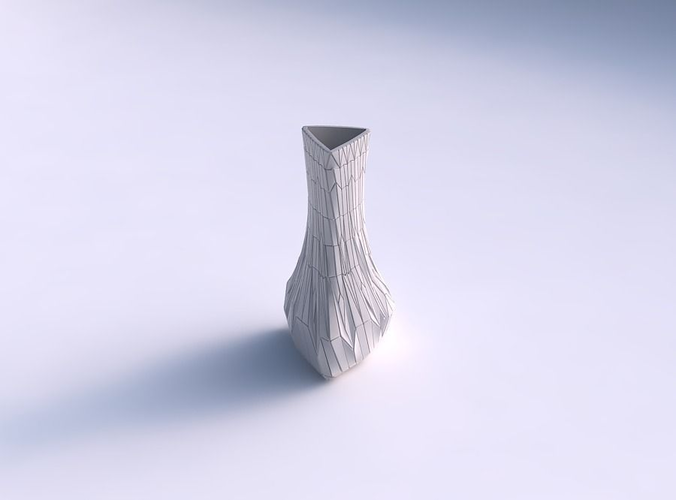 Vase puffy triangle with chaotic plates