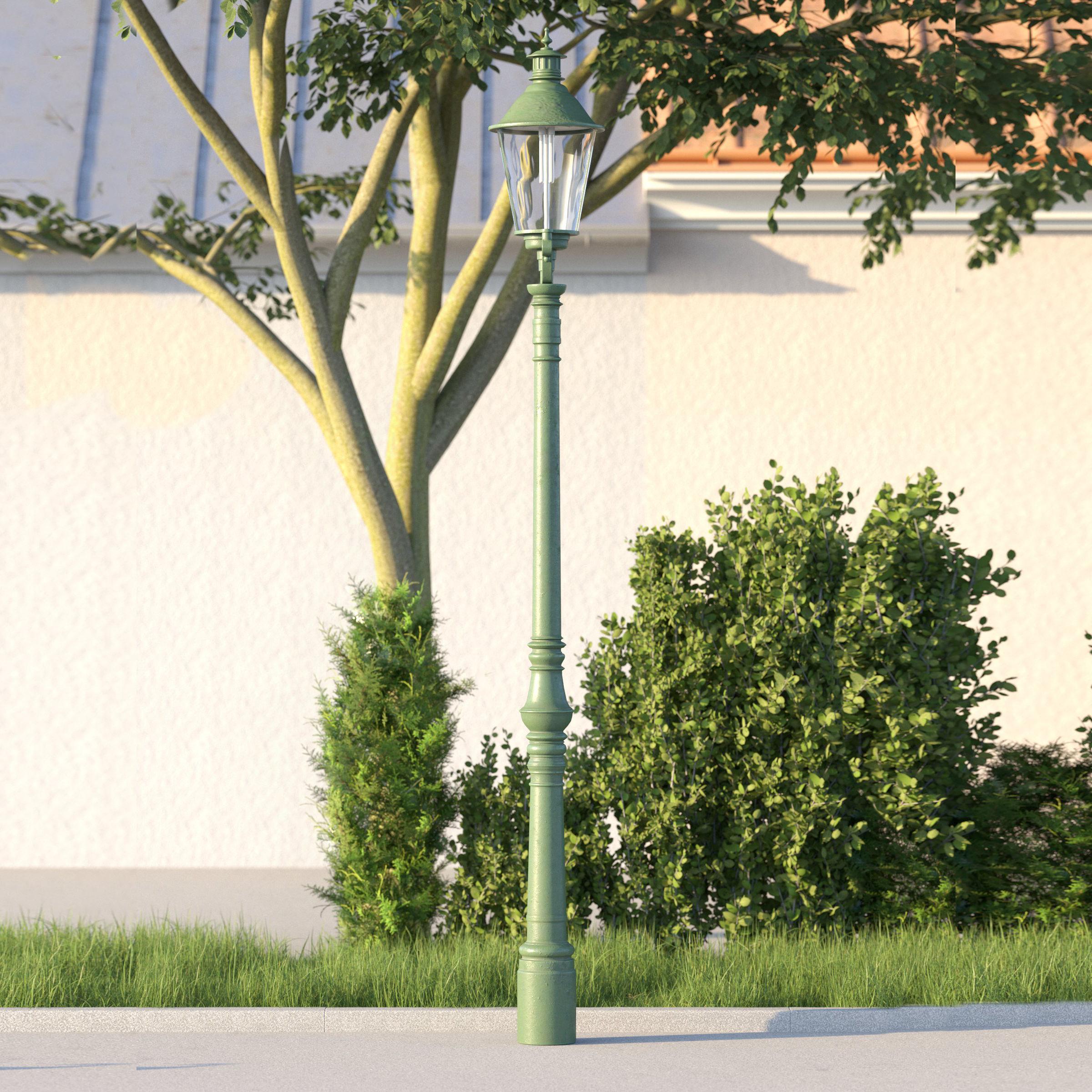 vienna public street lamp