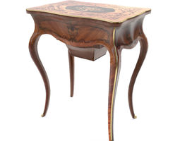 3D Sewing table of Louis XV style - France - 19th century